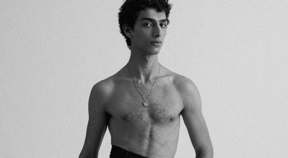Qaher Harhash, modello palestinese, attaccato dalla responsabile del design di Zara con commenti islamofobi