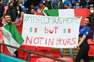 italiani-picchiati-fuori-dallo-stadio
