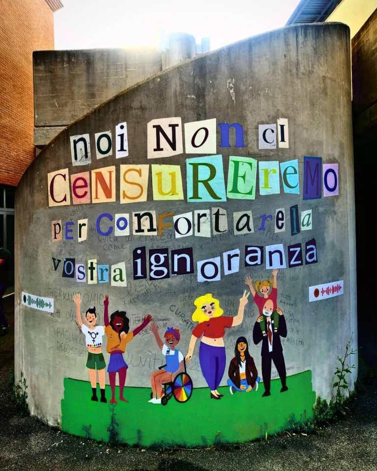 Murales contro l'omotransfobia a Siena criticato aspramente da Fratelli d'Italia