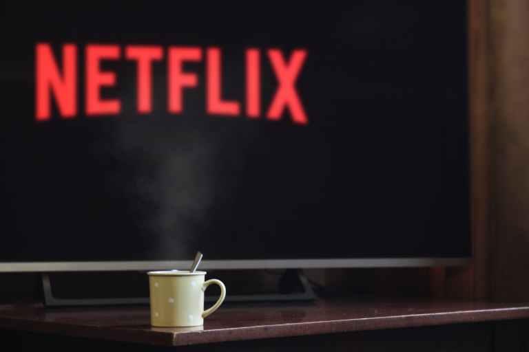 Netflix aumenta il costo dell'abbonamento mensile?