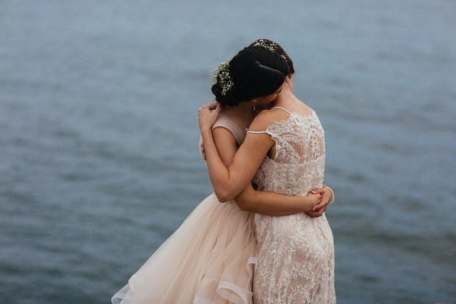 bruiloft knuffel