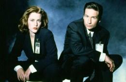 X-Files-pose