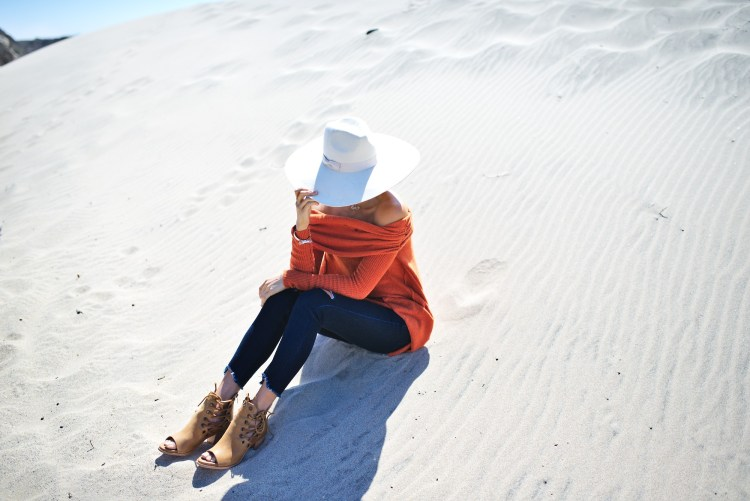 cuppajyo-styleblogger-fashion-lifestyle-travel-pinkarrowsboutique-freepeople-fallfashion-offtheshoulder-sweater-6
