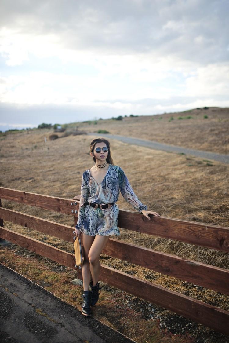 cuppajyo-sanfrancisco-styleblogger-fashion-travelblogger-fallfashion-snakeprintromper_showmeyourmumu_erindana_kelsidagger_6