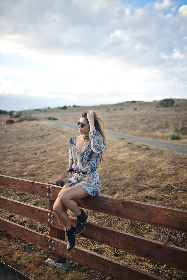 cuppajyo-sanfrancisco-styleblogger-fashion-travelblogger-fallfashion-snakeprintromper_showmeyourmumu_erindana_kelsidagger_7