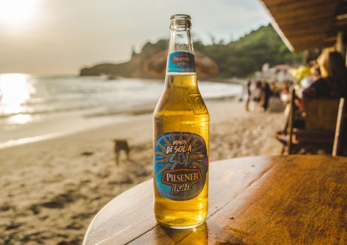 Pilsener Light Ecuador beer guide | Fiesta de todos carnaval cerveza SABMiller