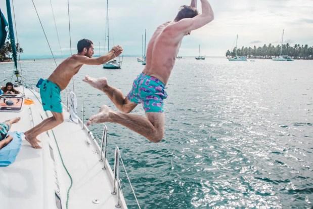 How to book a San Blas Islands boat tour bluesailing Sailing Koala X San Bas Adventures Colombia to Panama boat paradise islands caribbean kuna island