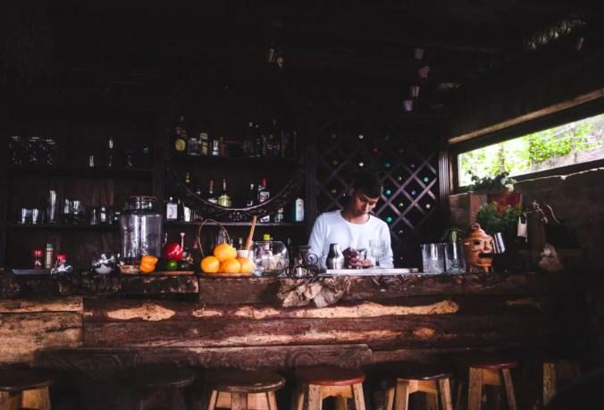 The best bars in Antigua, Guatemala   Nightlife Antigua   Day trips Guatemala   Hobbitenango bar   Latin America travel guides by Cuppa to Copa Travels