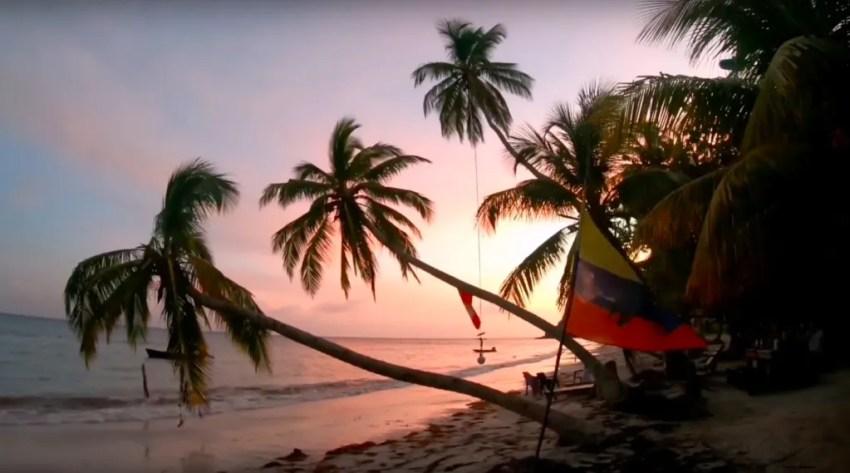 Colombia travel tips Roland's reggae bar Manzanillo Beach Isla de Providencia | Colombia travel guides by Cuppa to Copa Travels