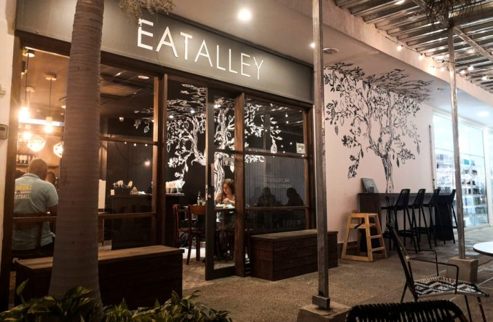 eatalley restaurant san andres island colombia