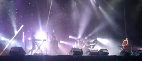 M83 live SOS4.8
