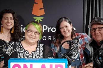 Hand To Mouth Podcast, Ep1-Tommy Gomes & Karen Barnett