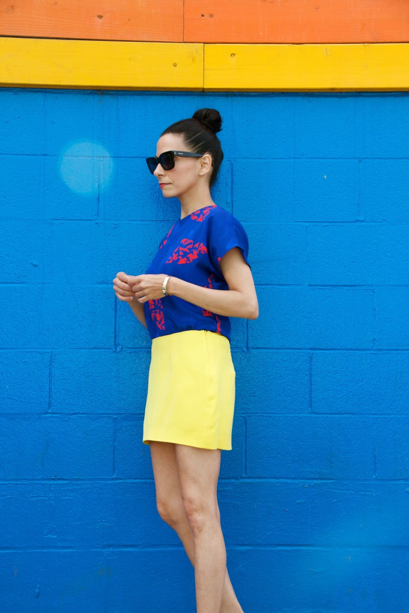 Want To Know How To Mix Bright Colors That Pop?