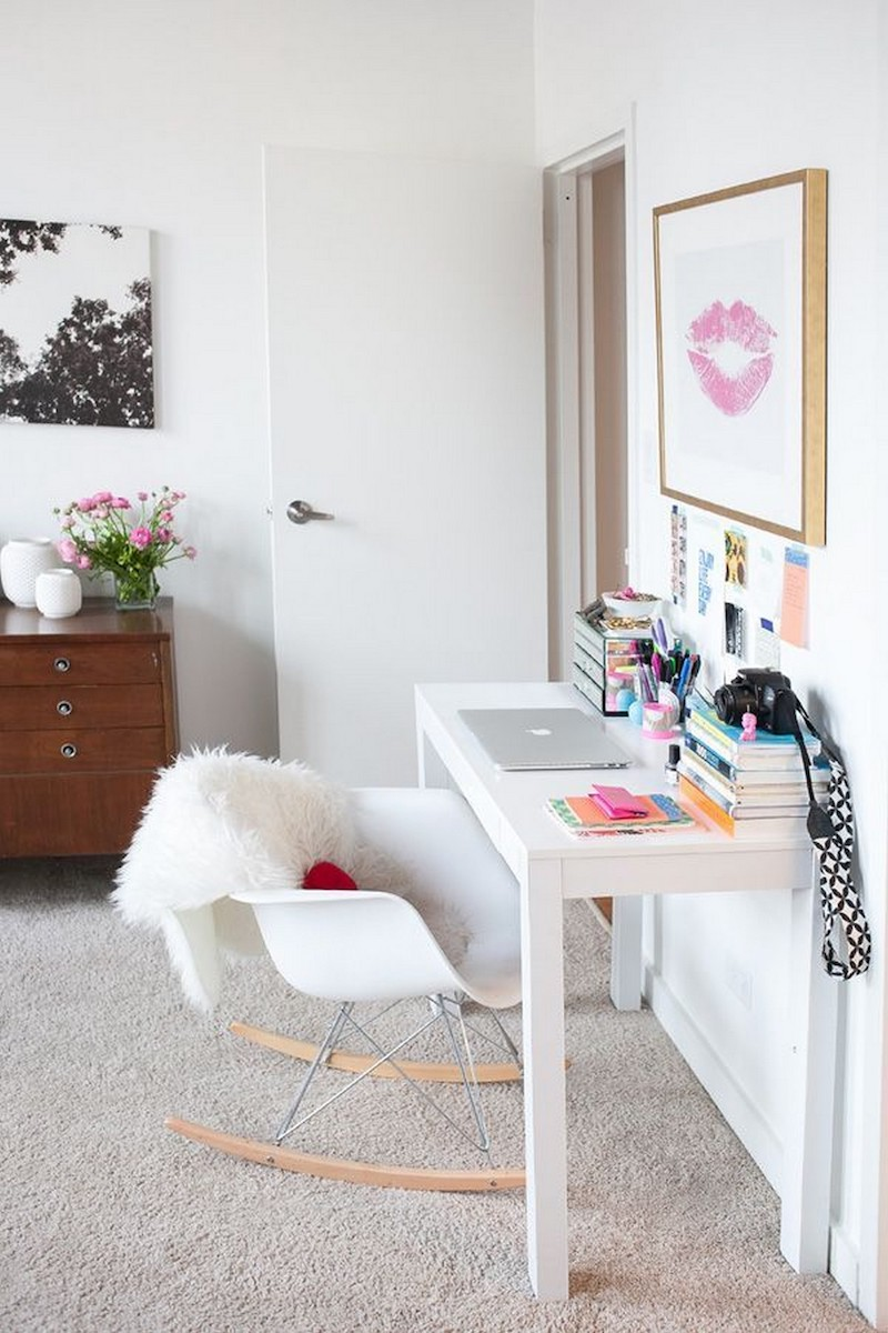 white minimalist desk 2019