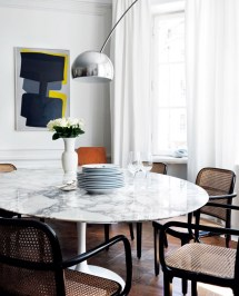 White Marble Dining Tables 'll Adore
