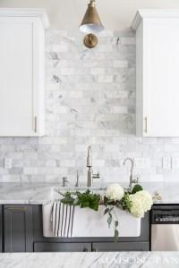 14 White Marble Kitchen Backsplash Ideas You'll Love