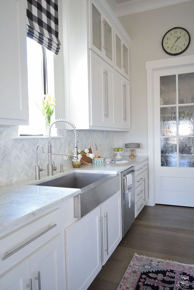 14 White Marble Kitchen Backsplash Ideas Youll Love