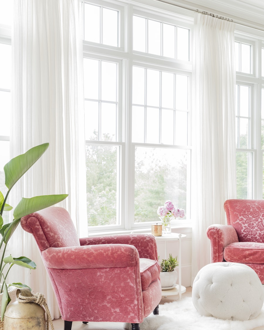 Accent Chair Living Room 15 Favorite Pink Accent Chairs For The Living Room