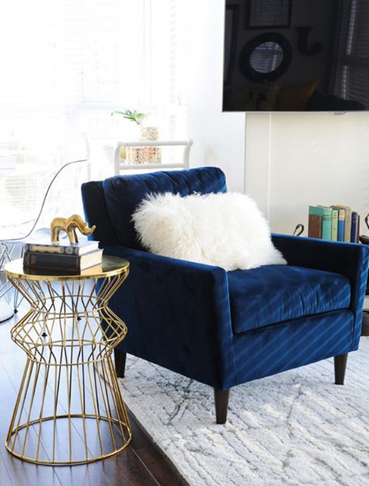 10 Beautiful Blue Accent Chairs for the Living Room
