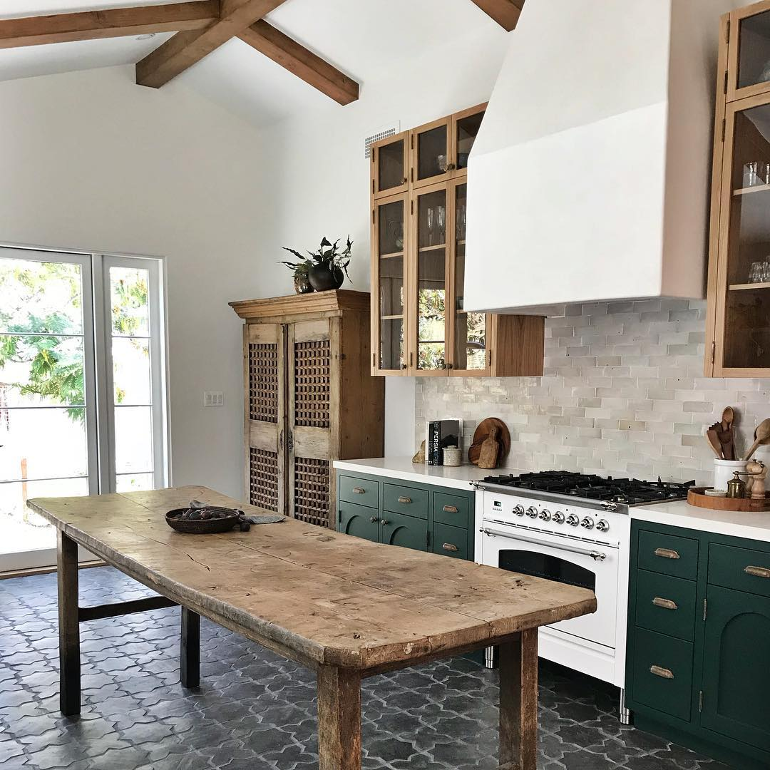 15 Farmhouse Style Decor Ideas to Get You Started