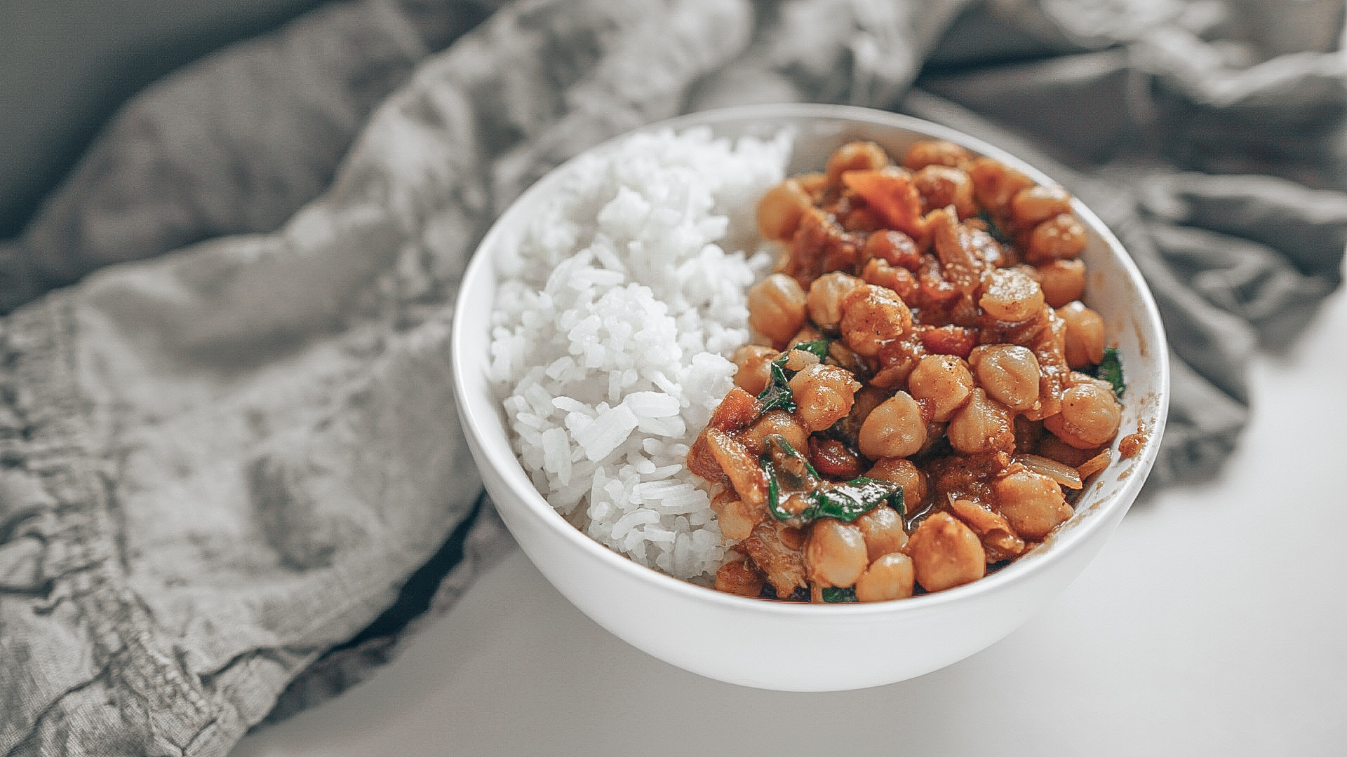 quick and easy vegan chickpea masala sauce