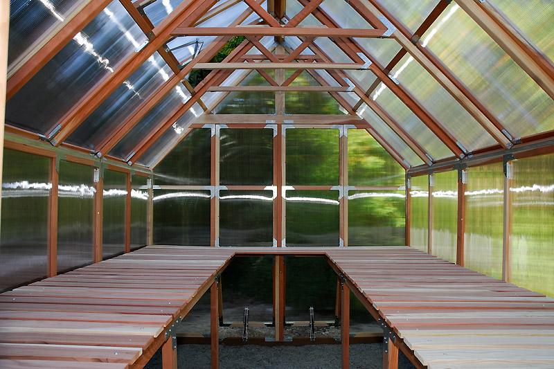 Greenhouse Irrigation: The Propagation Bench