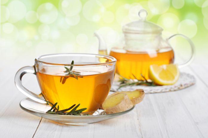 5 Foods to Beat acid reflux naturally - Green tea
