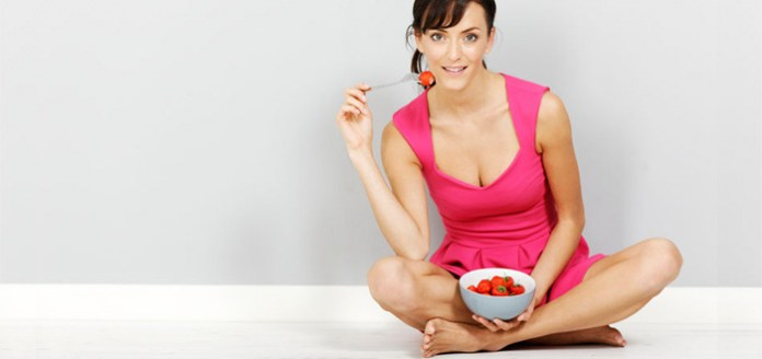 Want More Nourishment From Your Food? Eat Your Meals Sitting On The Floor.
