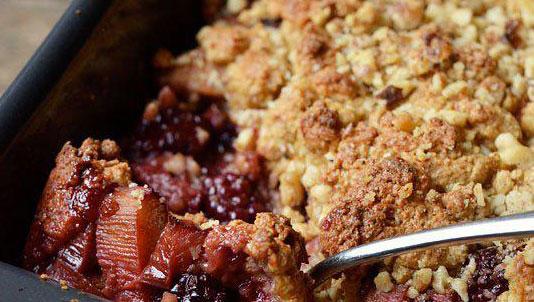 Blackberry Rhubarb Crumble