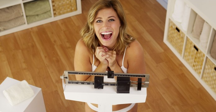 Two Tips to Get Rid Of The Extra Weight Naturally [Video]
