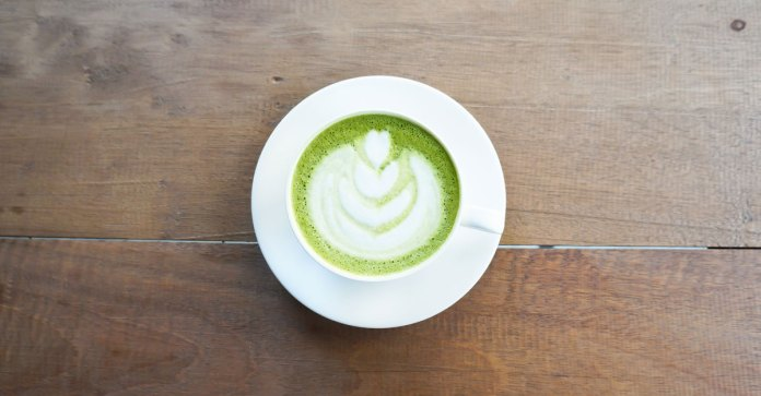 Peppermint Matcha Tea Latte Recipe