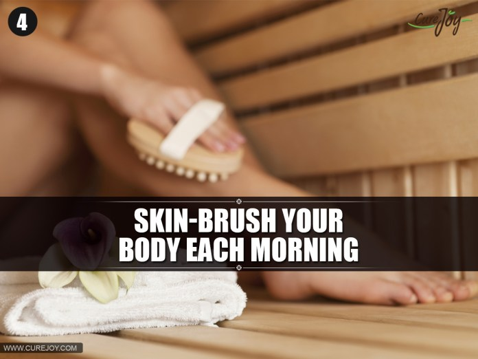 4-Skin-brush-your-body-each-morning-copy