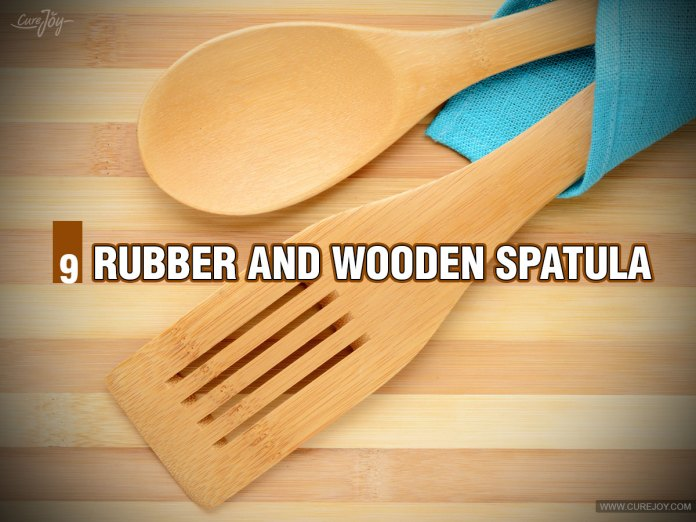 9-Rubber-and-Wooden-Spatula