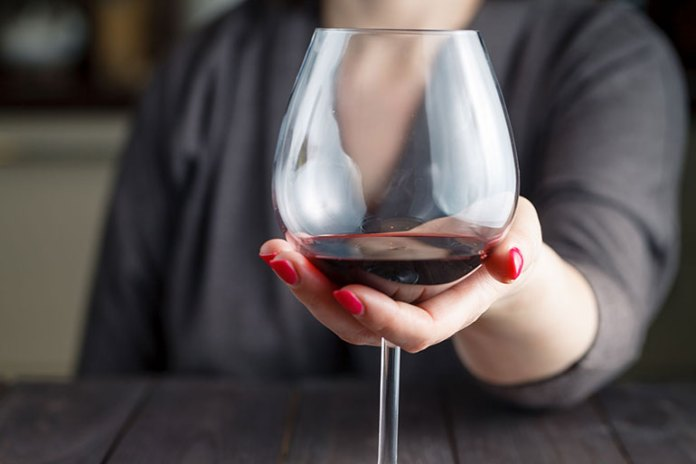 Alcohol: 9 Mistakes Women Make During Periods