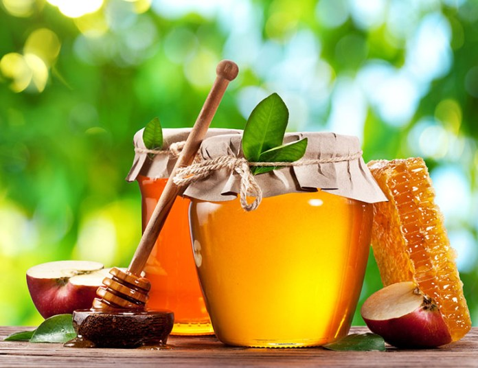 Honey: 10 Foods You Should Avoid Giving Your Baby