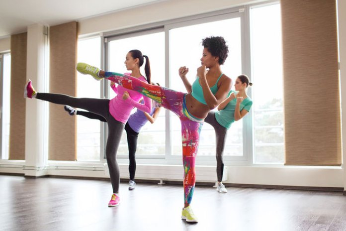 Front kicks: Cardio exercises to do at home