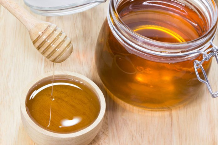 Honey :Home Remedies For Split Ends