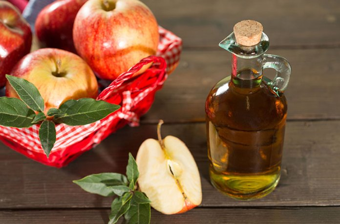 apple-cidder-vinegar:Home Remedies To Treat And Prevent Fordyce Spots