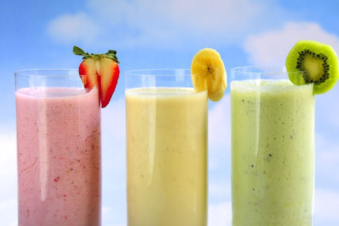 Ready-Made Smoothies: Breakfast Options That Increase Your Waistline