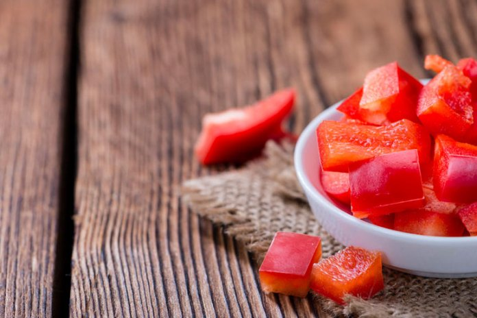 Red peppers raw have their antioxidant properties intact