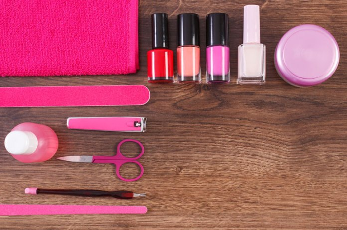 Choose Your Nail Care Products Wisely: Tips To Grow Healthy And <!-- WP QUADS Content Ad Plugin v. 2.0.26 -- data-recalc-dims=