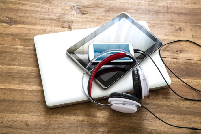 Portable Music Devices :Loud Noises You Are Exposed To Every Day