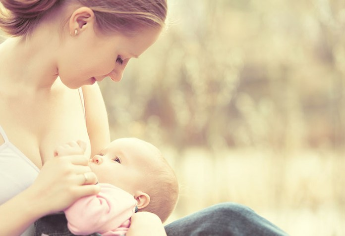 breastfeeding: 6 Lesser-Known Reasons For Breastfeeding From One Breast