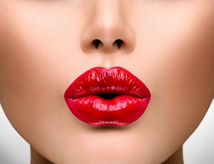 Add A Highlighter: 9 Tips To Get The Perfect Pout