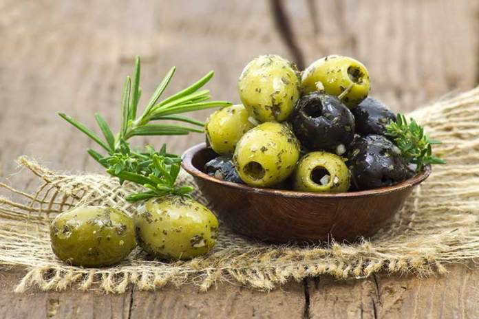 Lower Cholesterol: 9 Reasons Why Olives Are Good For You