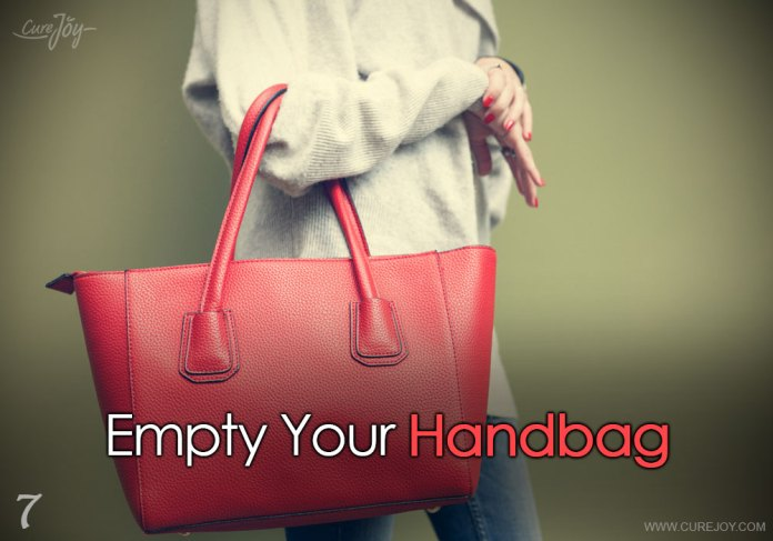 7-empty-your-handbag