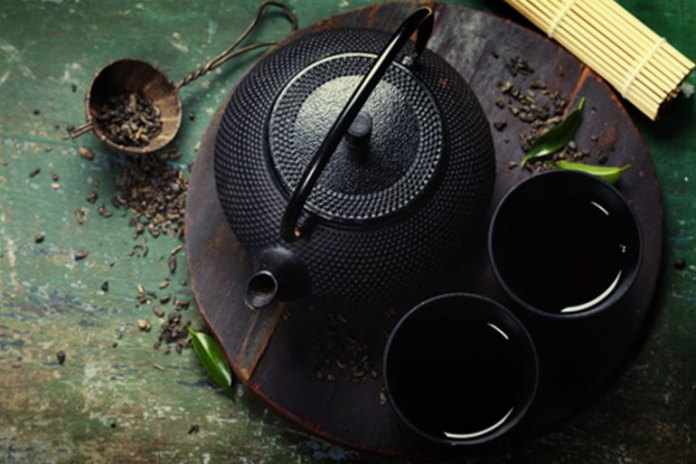 Black Tea decreases cardiovascular risk factors like blood pressure