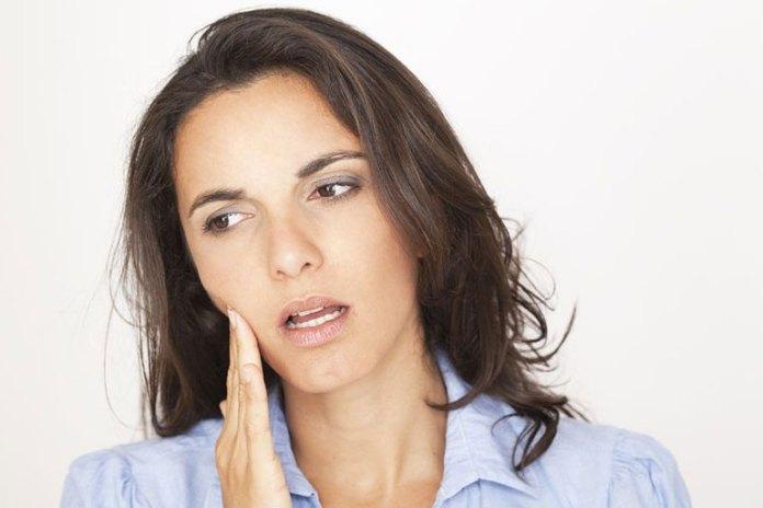 5 Reasons You Should Stop Nail Biting