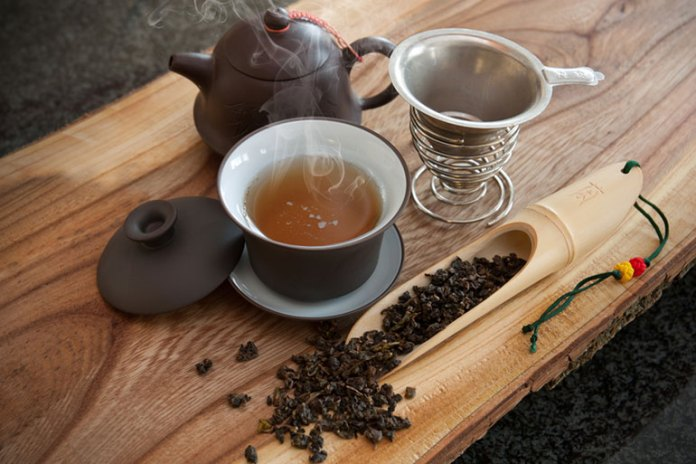 Oolong tea reduces your diet-induced overweight or obesity