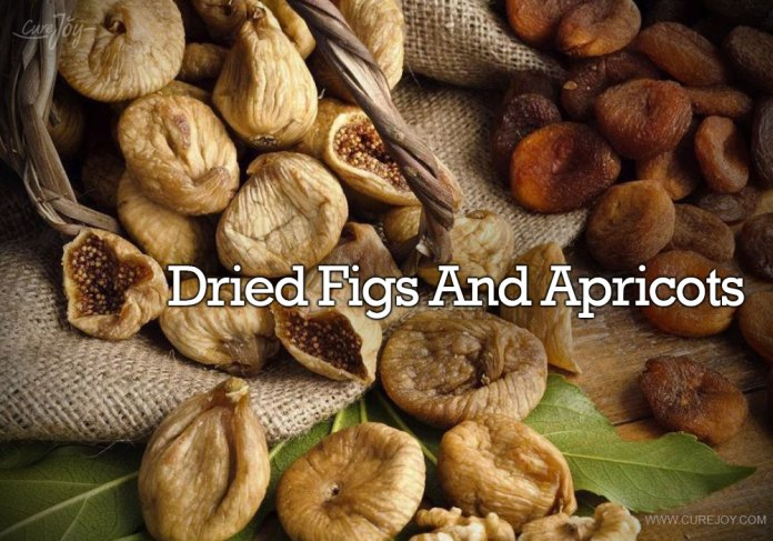 10-dried-figs-and-apricots
